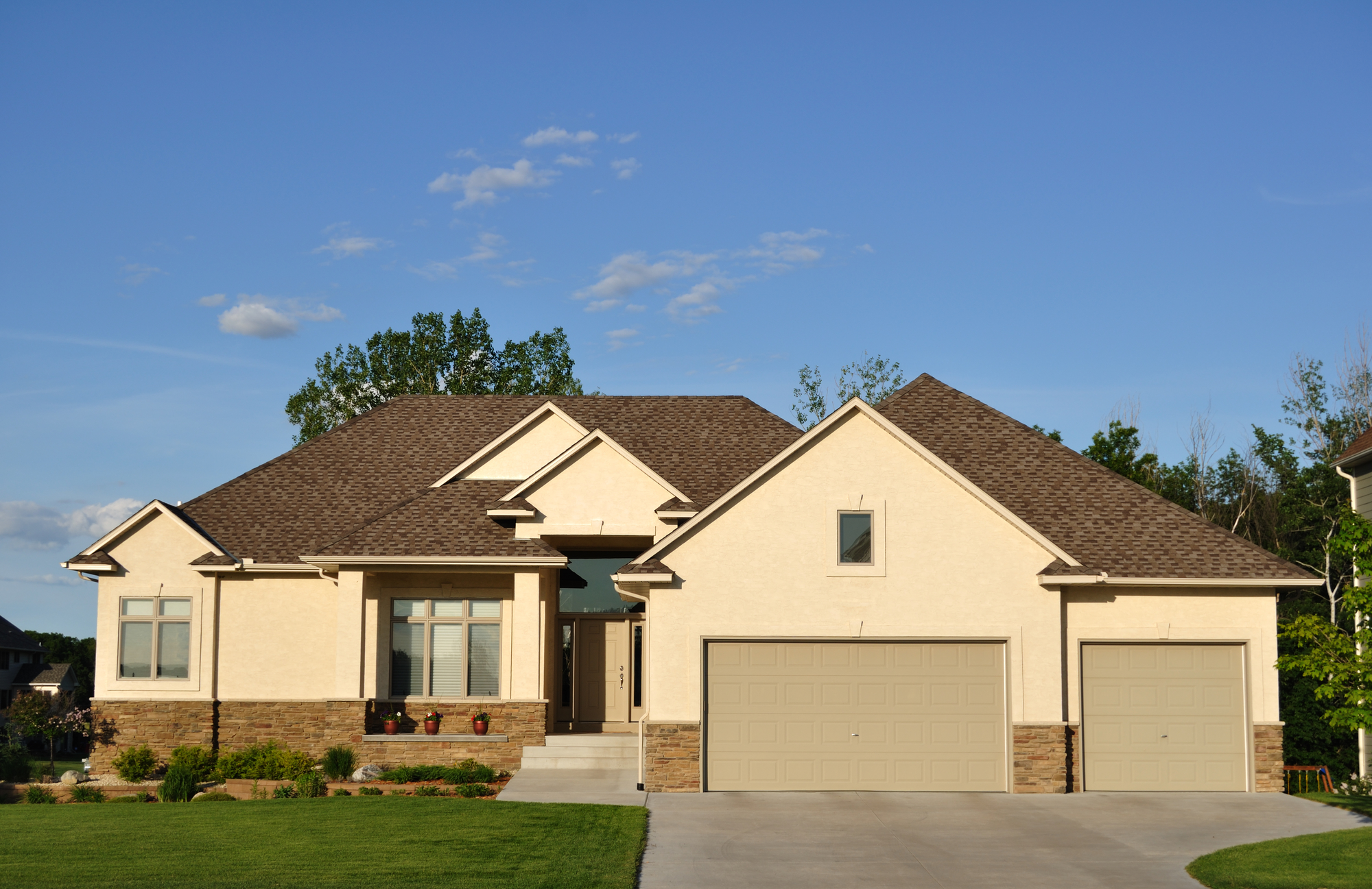 Robbins Roofing Oklahoma City - residential roofing